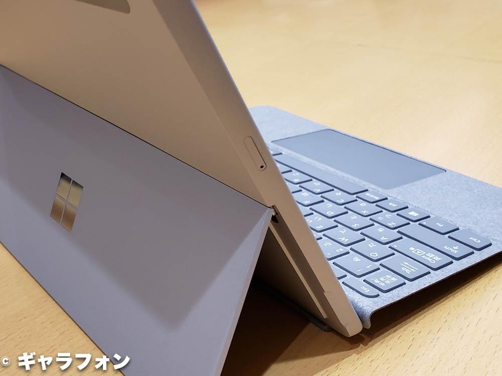 Surface Go LTEモデルのSIMスロット
